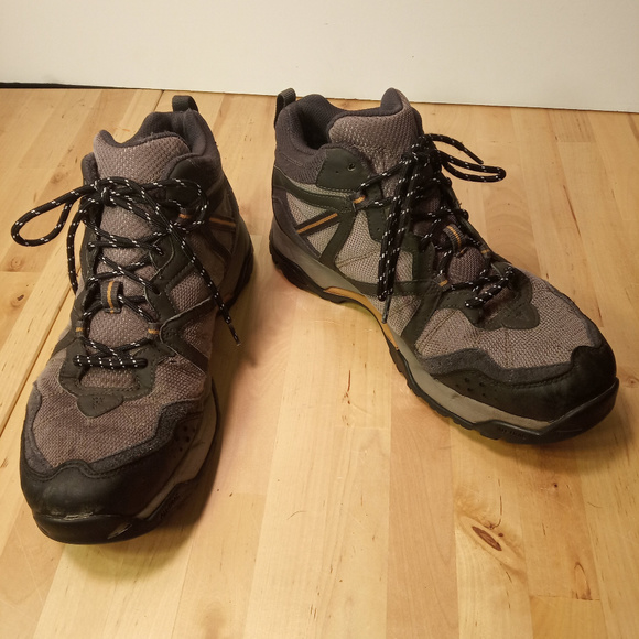 3c2bd5fd52f Nike ACG Bandolier II GTX Gore Tex Hiking Boot 9.5